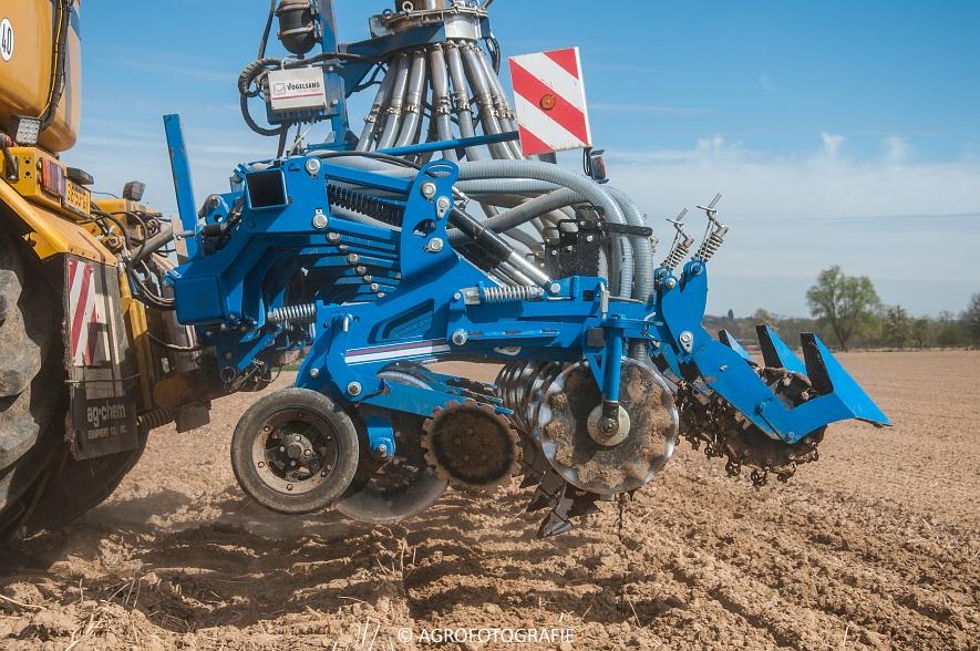 Challenger Terra Gator TG 8333 (Strip-till, Hartmann, 17-04-2015) (56)