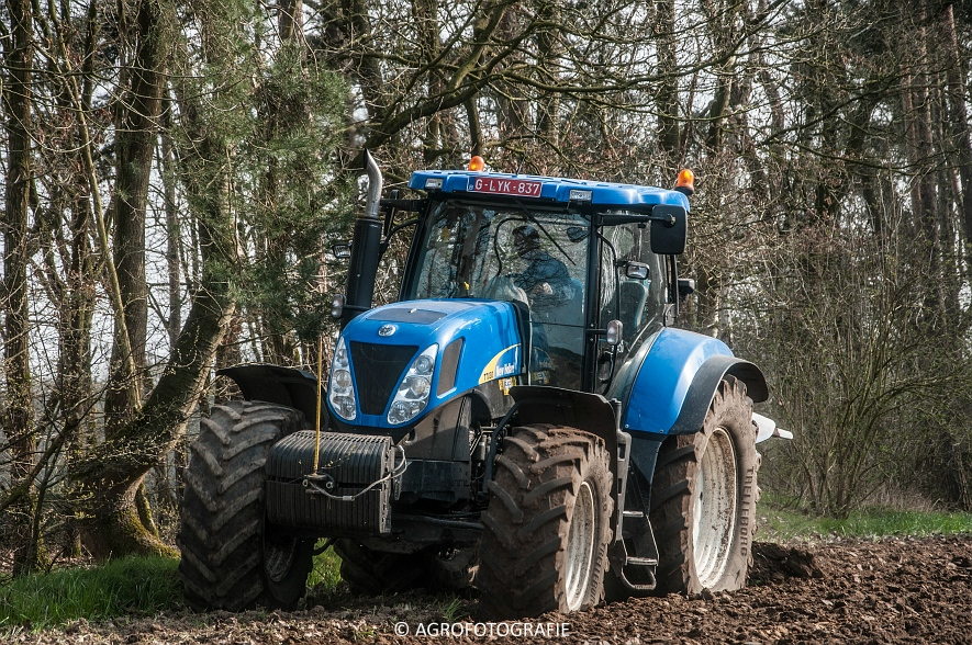 New Holland T7030 + Lemken (07-04-2015) (2 van 68)