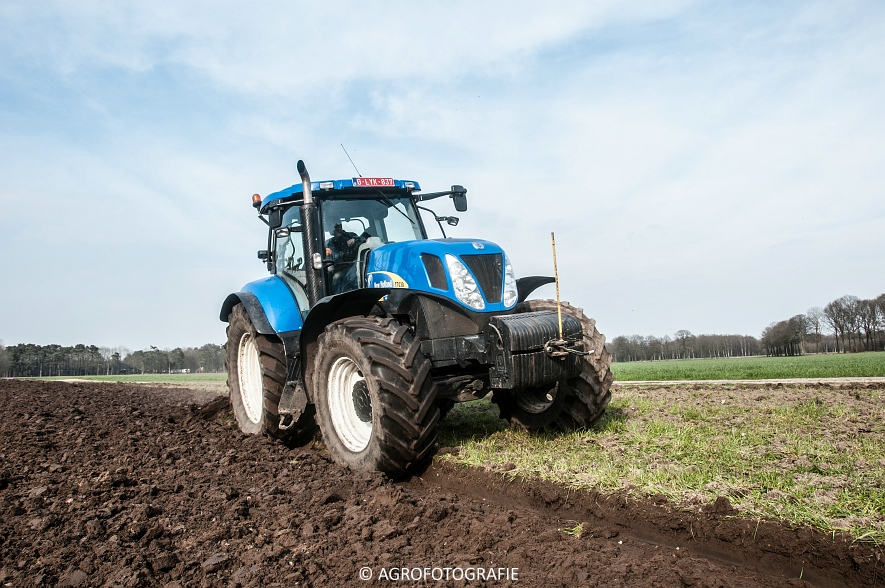 New Holland T7030 + Lemken (07-04-2015) (24 van 68)