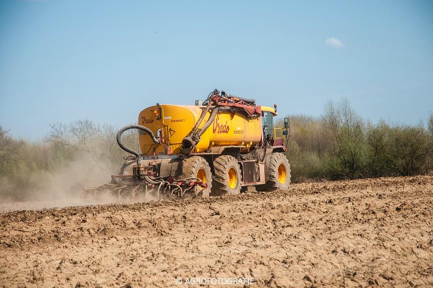 Vredo VT 3326 + 25000Z oplegger (Bouwland, 15-04-2015, Linsen) (15 van 42)