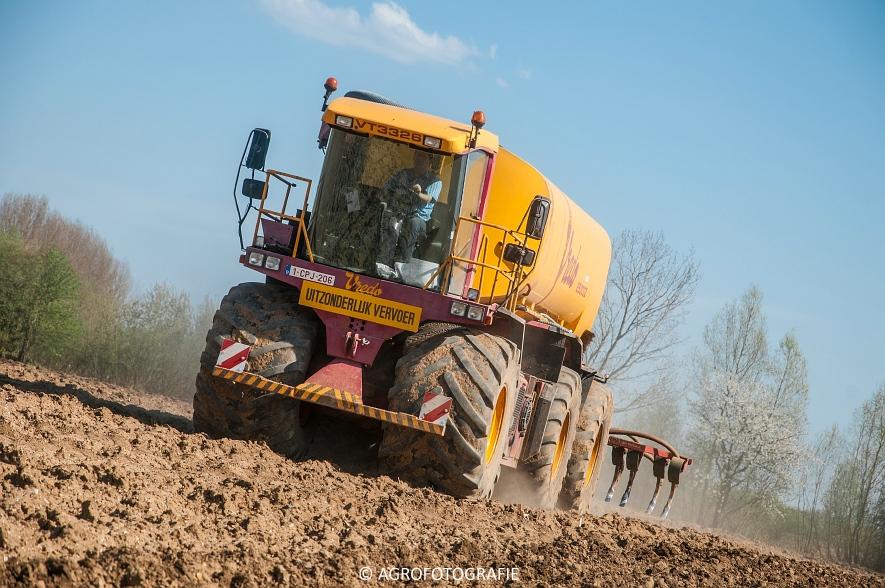 Vredo VT 3326 + 25000Z oplegger (Bouwland, 15-04-2015, Linsen) (36 van 42)