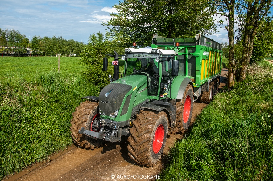 Claas Jaguar 970 + Fendt & Joskin (Rogge hakselen, 09-05-2015, Wintmolders) (100)