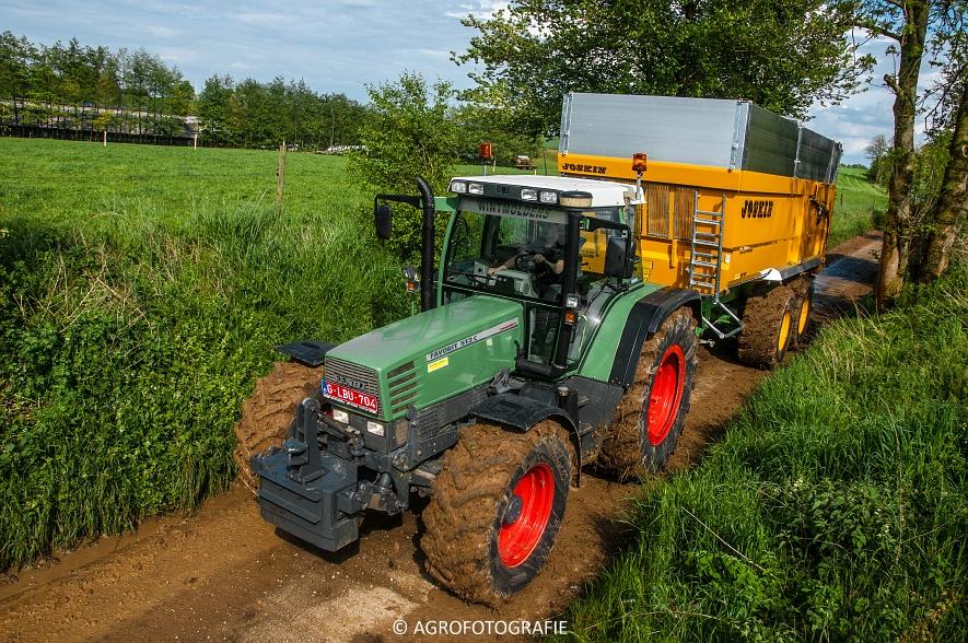 Claas Jaguar 970 + Fendt & Joskin (Rogge hakselen, 09-05-2015, Wintmolders) (104)
