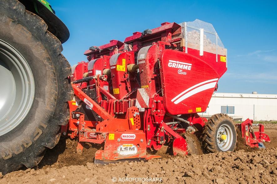 Deutz-Fahr Agrotron 7250 TTV + Steeno & Maschio & Grimme GL420 (Avermaete, 19-04-2015) (45)