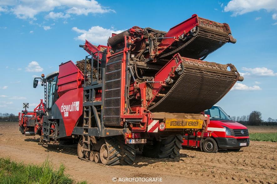 Dewulf RA3060 (Schorseneren, 15-04-2015) (32)