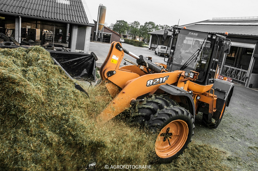 John Deere 8500i (gras, J Van Weert, 12-05-2015) (60)