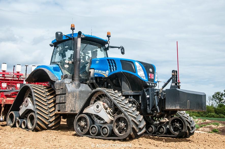 New Holland T8.390 + Grimme GF800 en GL860 & New Holland T8050 + Amazone Centaur 6001 (Koolen, 09-05-2015) (60)