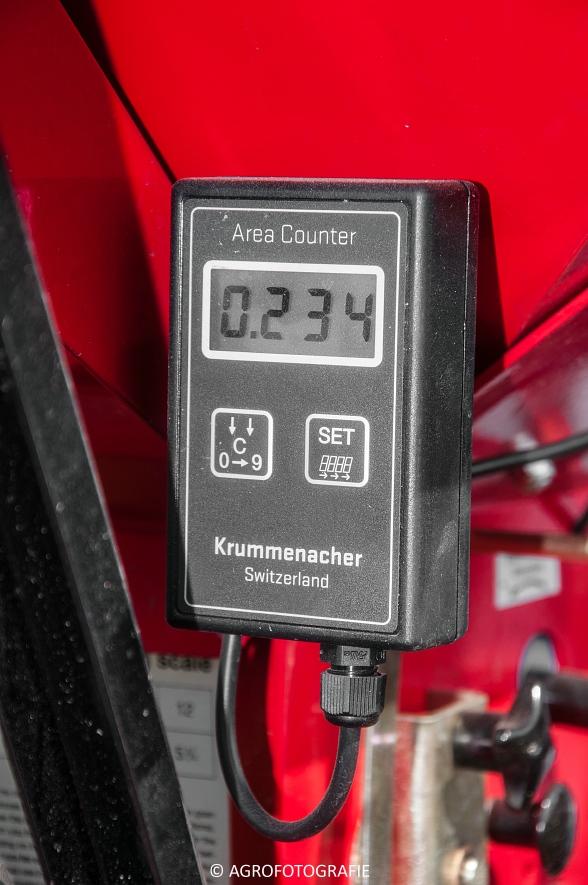 Steyr 6185 CVT + Güttler GreenMaster (Graslandverzorgingsdemo, 10-04-2015) (16)