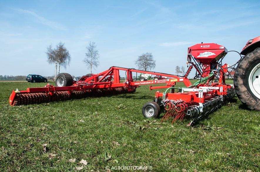 Steyr 6185 CVT + Güttler GreenMaster (Graslandverzorgingsdemo, 10-04-2015) (6)