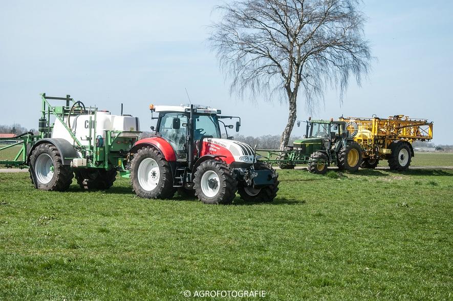 Steyr 6185 CVT + Güttler GreenMaster (Graslandverzorgingsdemo, 10-04-2015) (89)