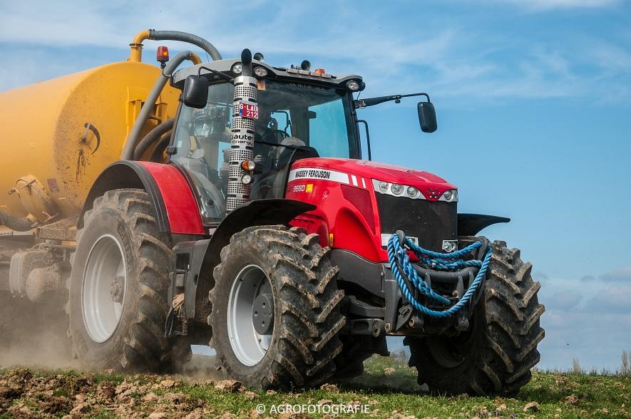 Massey Ferguson 8660 Dyna-VT + Dezwaef (Bouwland, Wauters Energy, 17-04-2015) (48)