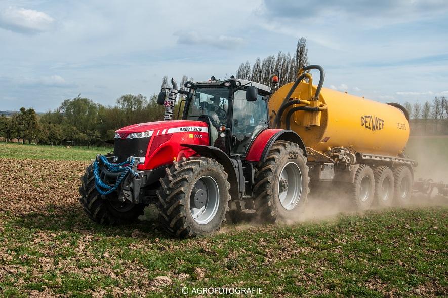 Massey Ferguson 8660 Dyna-VT + Dezwaef (Bouwland, Wauters Energy, 17-04-2015) (56)