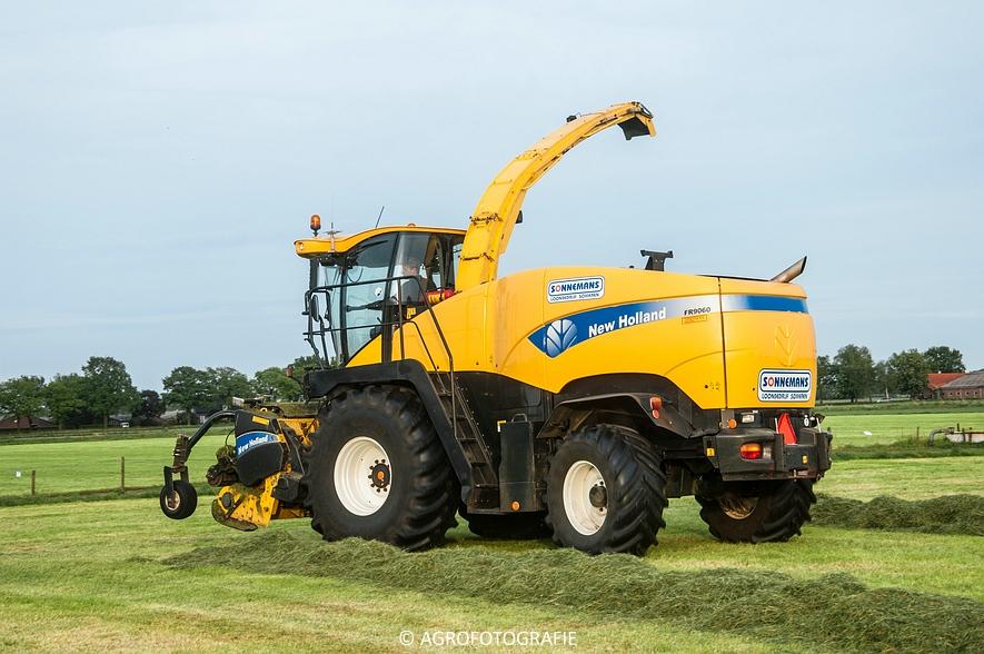 New Holland FR9060 (Gras, Sonnemans, 11-05-2015) (2)