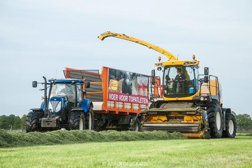 New Holland FR9060 (Gras, Sonnemans, 11-05-2015) (40)