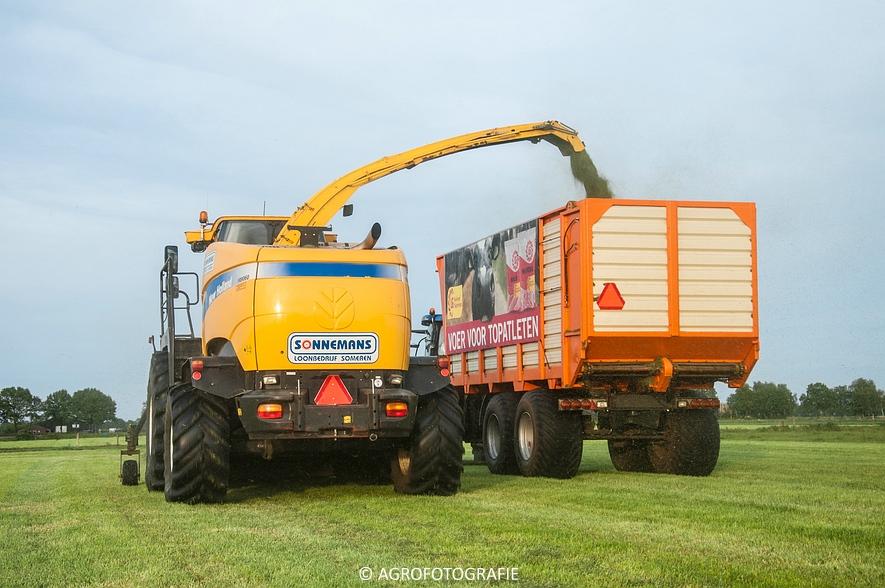New Holland FR9060 (Gras, Sonnemans, 11-05-2015) (47)