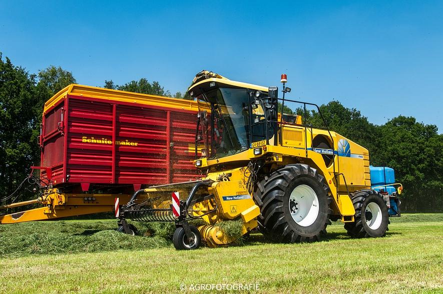 New Holland FX 50 + New Holland TM 155 (Gras, Vermeulen, 11-06-2015) (35)