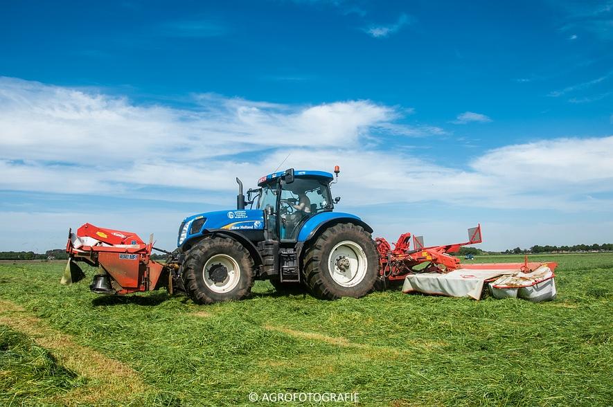 New Holland T7040 + Kuhn FC 883 (14-05-2015) (24)