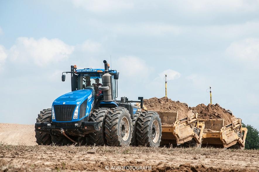 New Holland T9.700 + Reynolds 17E10.5 (24-06-2015, Verhelst) (16)