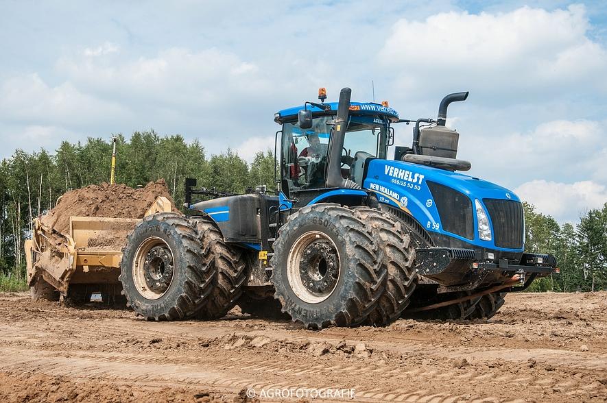 New Holland T9.700 + Reynolds 17E10.5 (24-06-2015, Verhelst) (55)