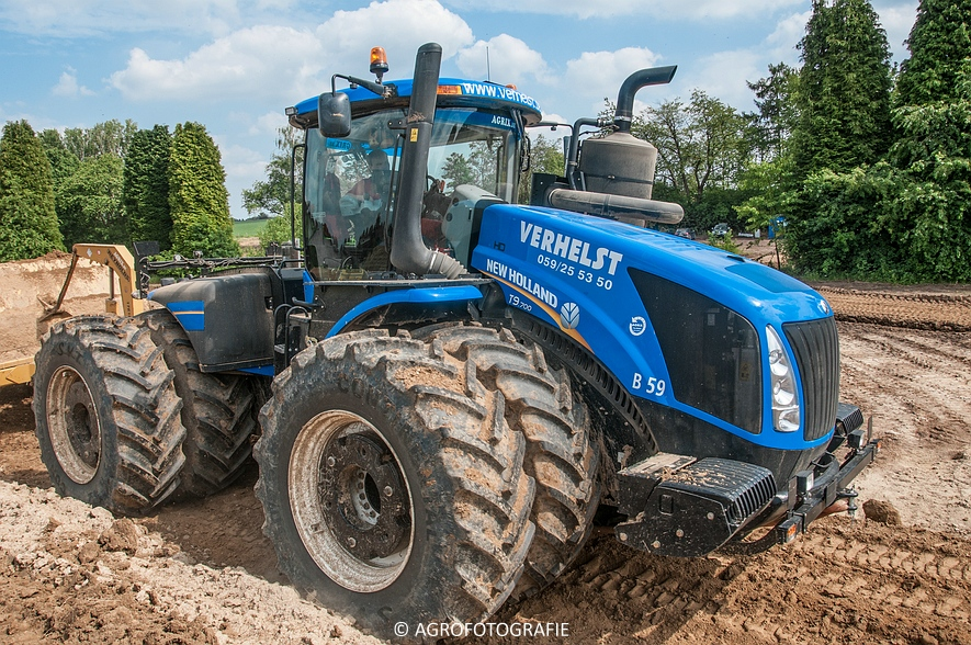 New Holland T9.700 + Reynolds 17E10.5 (24-06-2015, Verhelst) (82)