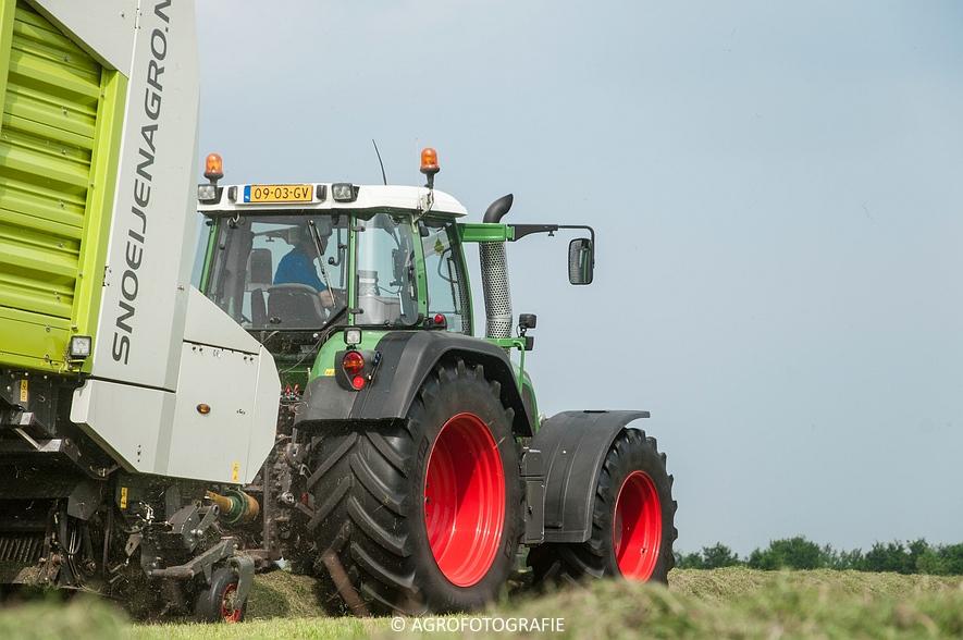 Fendt 820 + Claas Cargos 9500 (Snoeijen Agro, 12-08-2015) (23 van 50)