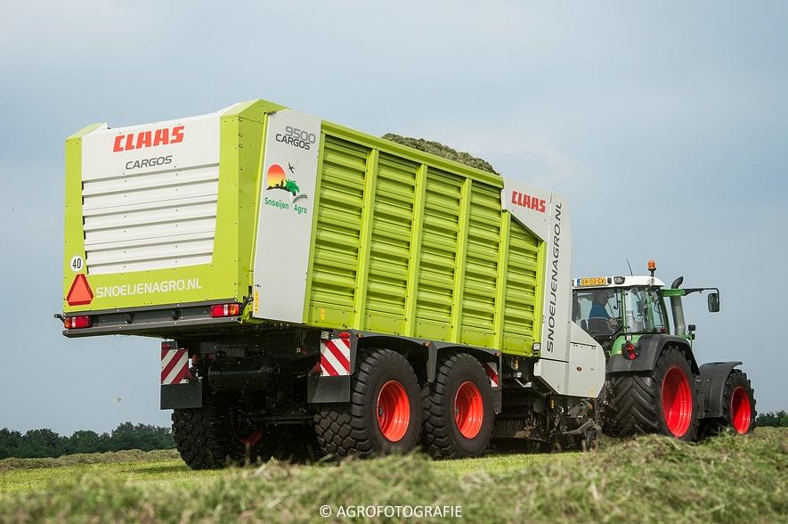 Fendt 820 + Claas Cargos 9500 (Snoeijen Agro, 12-08-2015) (24 van 50)