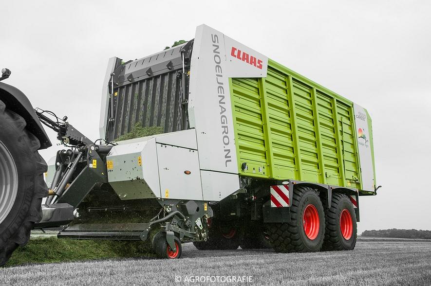 Fendt 820 + Claas Cargos 9500 (Snoeijen Agro, 12-08-2015) (35 van 50)