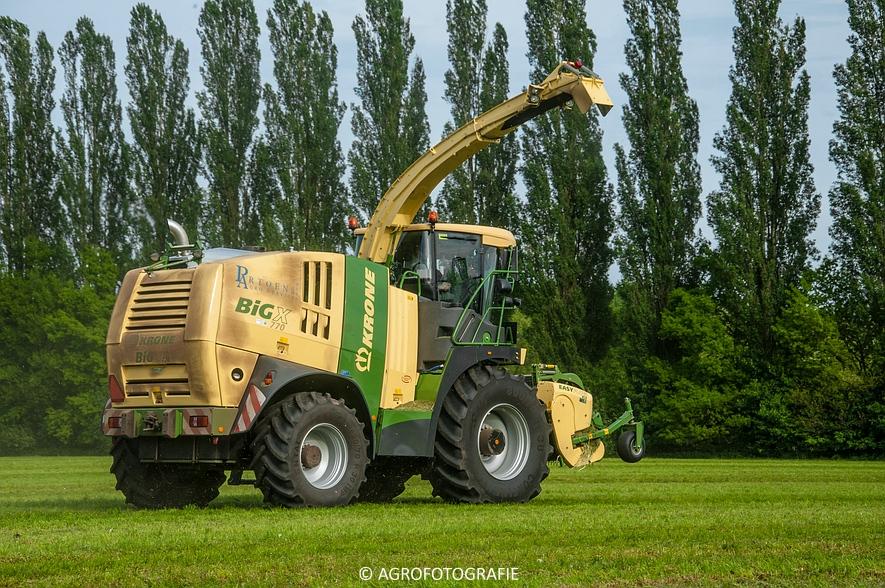 Krone Big X 770 (gras, 11-05-2015) (39 van 91)