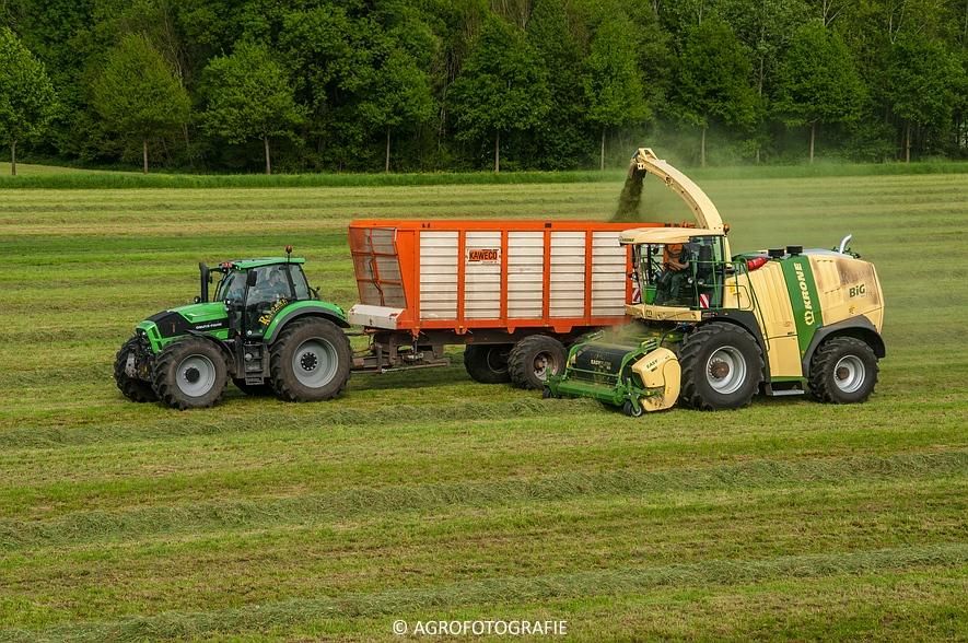 Krone Big X 770 (gras, 11-05-2015) (41 van 91)