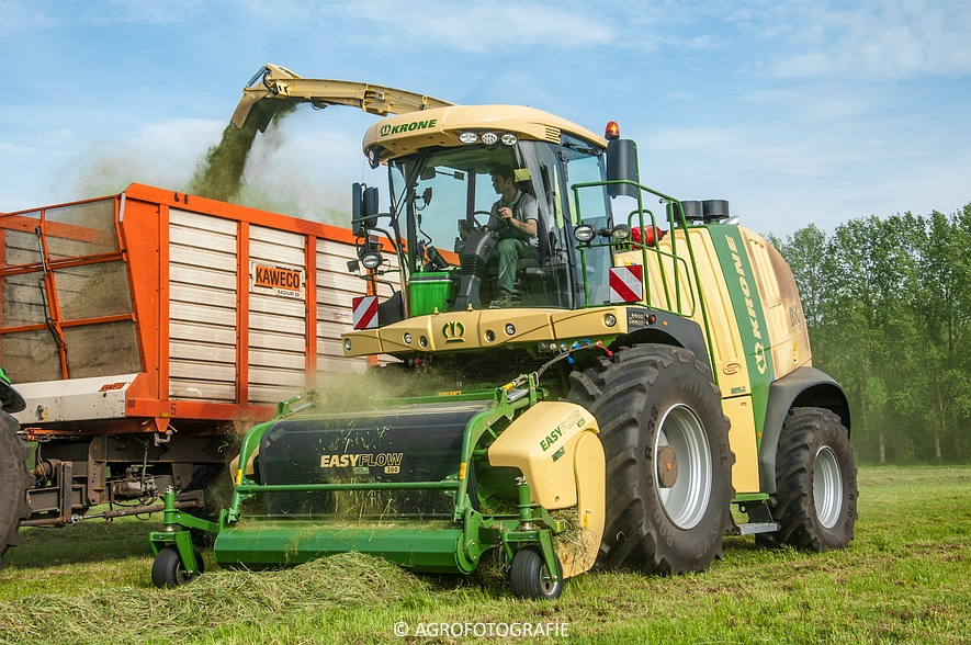Krone Big X 770 (gras, 11-05-2015) (56 van 91)