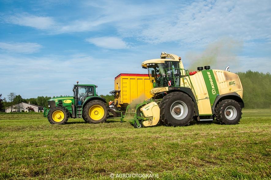 Krone Big X 770 (gras, 11-05-2015) (83 van 91)