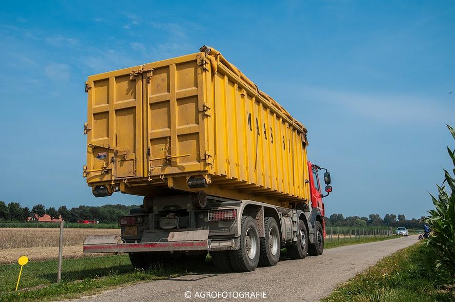 New Holland CSX 7050 (Graan, 12-08-2015, Maas BV) (30 van 31)