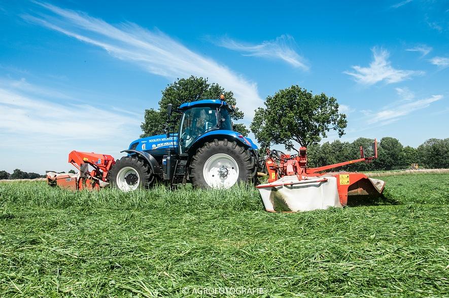 New Holland T7.220 + Kuhn FC 883 (Nooijen, 01-07-2015) (48 van 53)