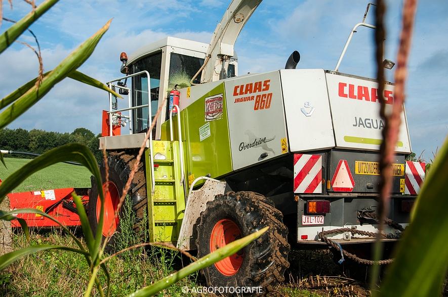 Claas Jaguar 860 + Kemper 360 PLUS & New Holland + Dezeure (Maïs, 18-09-2015) (11 van 89)