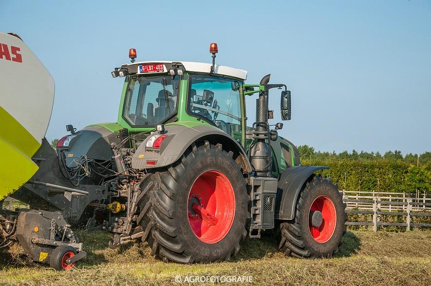 Fendt 828 + Claas Quadrant 3400 Roto-Cut & Fendt 309 + Claas Liner (Kerkhofs, 11-09-2015) (35)
