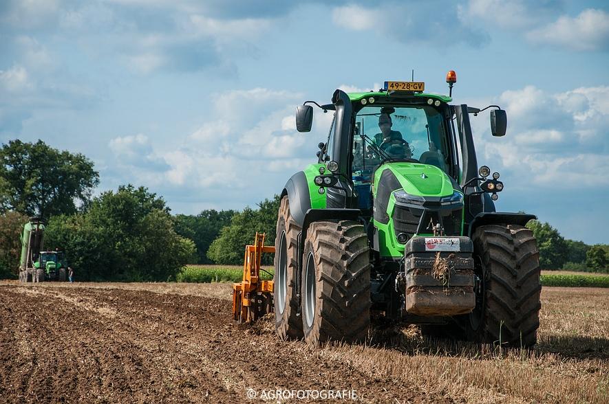 Deutz-Fahr Agrotron 9340 (poseren + diepwoelen, 28-08-2015) (113 van 116)