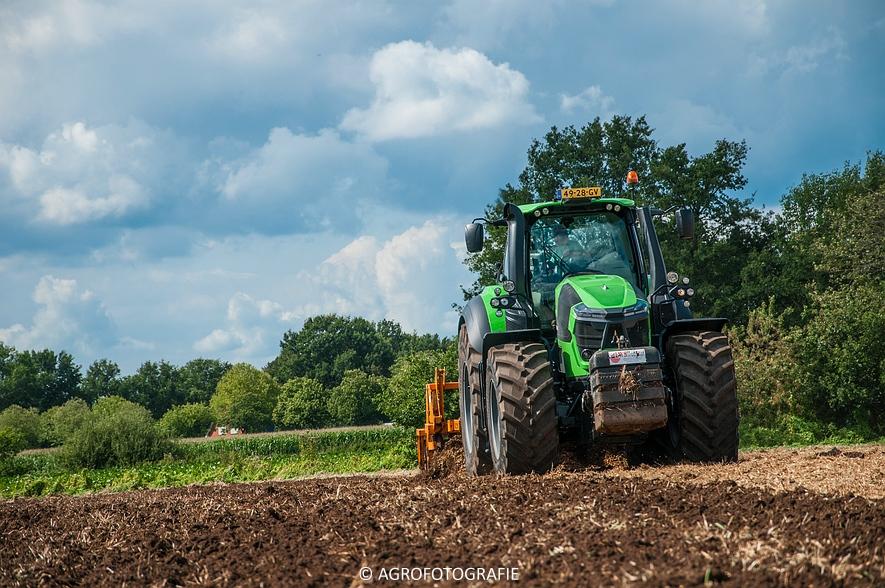 Deutz-Fahr Agrotron 9340 (poseren + diepwoelen, 28-08-2015) (76 van 116)