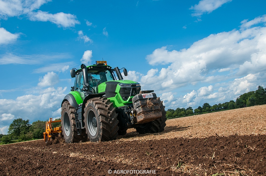 Deutz-Fahr Agrotron 9340 (poseren + diepwoelen, 28-08-2015) (80 van 116)