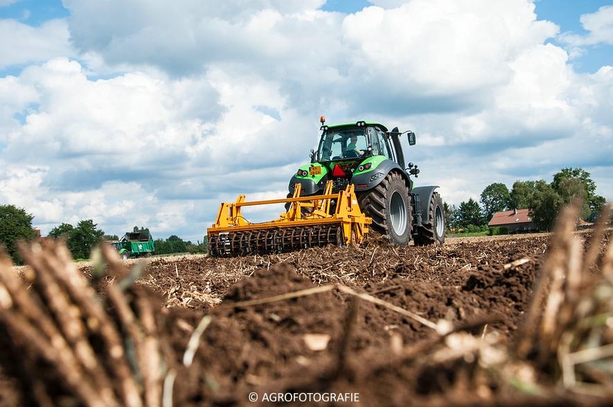 Deutz-Fahr Agrotron 9340 (poseren + diepwoelen, 28-08-2015) (92 van 116)