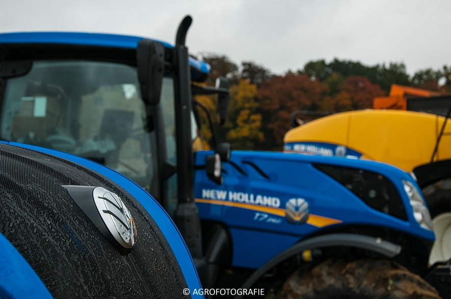 Demo New Holland FR 650 & CR8.80 (Loverjoel, 25-10-2015) (11)