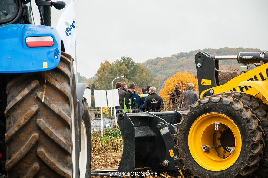 Demo New Holland FR 650 & CR8.80 (Loverjoel, 25-10-2015) (48)