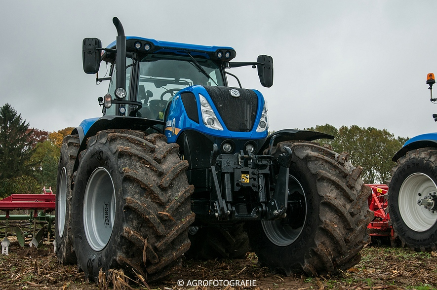 Demo New Holland FR 650 & CR8.80 (Loverjoel, 25-10-2015) (6)