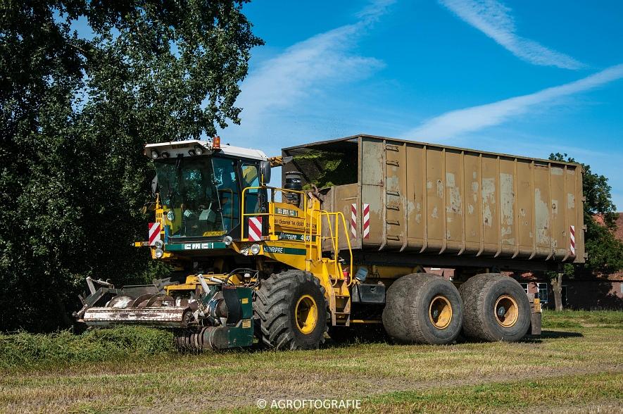 CMC Mercure 4840 Henripre (bunkerhakselaar, Grasdrogerij Oldambt, 10-09-2015) (42 van 44)