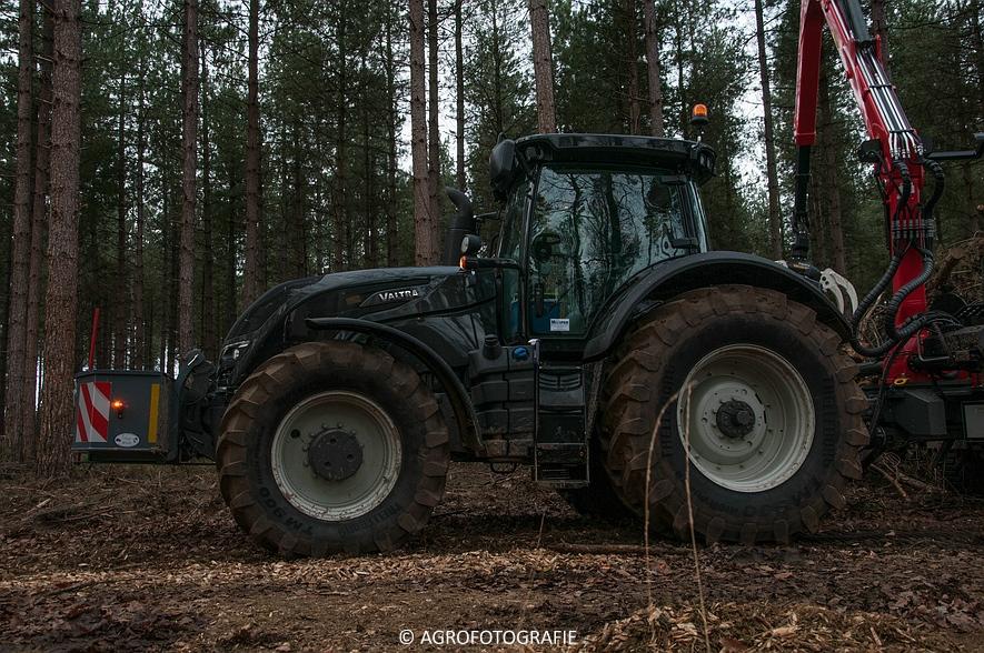 Valtra S374 + Jens HEM 561 (Vandervelden, 06-12-2015) (13 van 28)