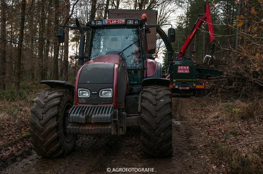 Valtra S374 + Jens HEM 561 (Vandervelden, 06-12-2015) (15 van 28)