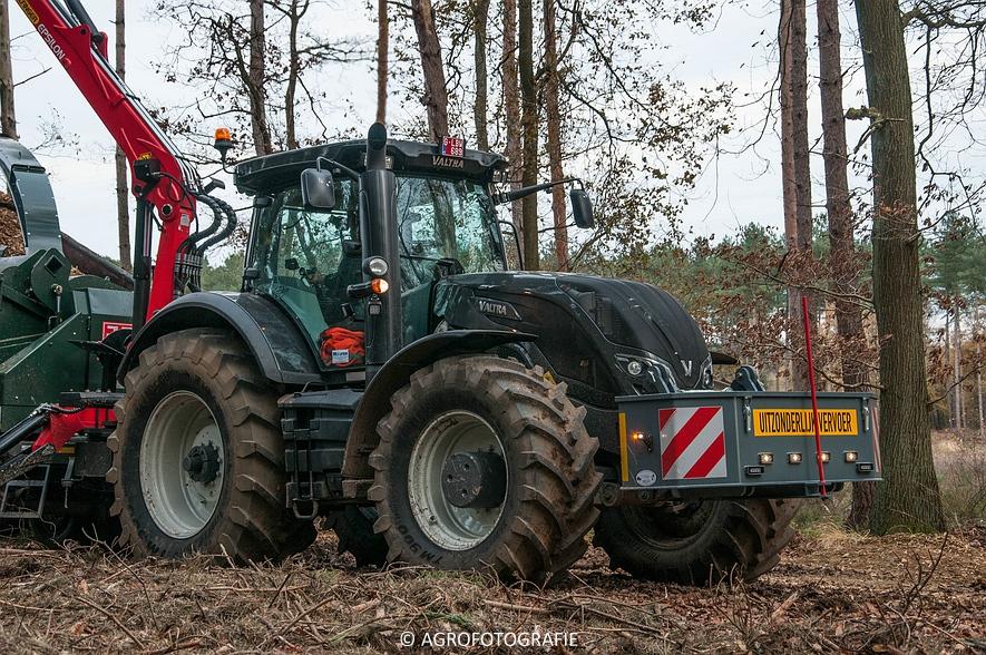 Valtra S374 + Jens HEM 561 (Vandervelden, 06-12-2015) (21 van 28)