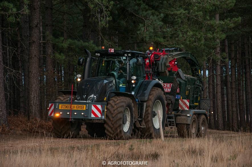 Valtra S374 + Jens HEM 561 (Vandervelden, 06-12-2015) (27 van 28)