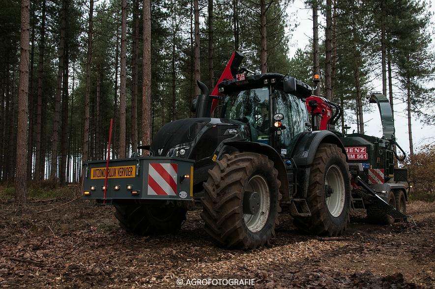 Valtra S374 + Jens HEM 561 (Vandervelden, 06-12-2015) (8 van 28)