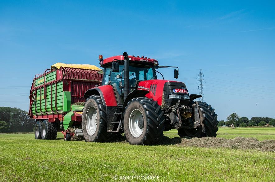 Case IH 150 CVX & Case International 1455XL + Strautmann Super Vitesse (22-08-2015) (12 van 35)