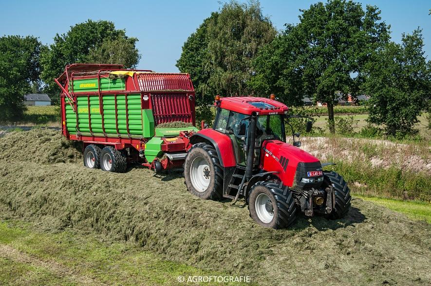 Case IH 150 CVX & Case International 1455XL + Strautmann Super Vitesse (22-08-2015) (15 van 35)